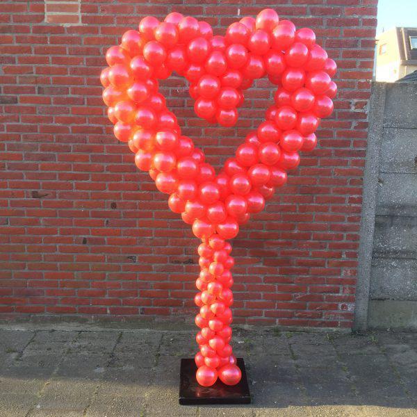 ballonnen hart helemaal rood
