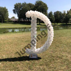 Ballonnen pilaar letter D
