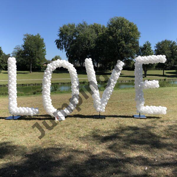 Ballonnen pilaar letters Love